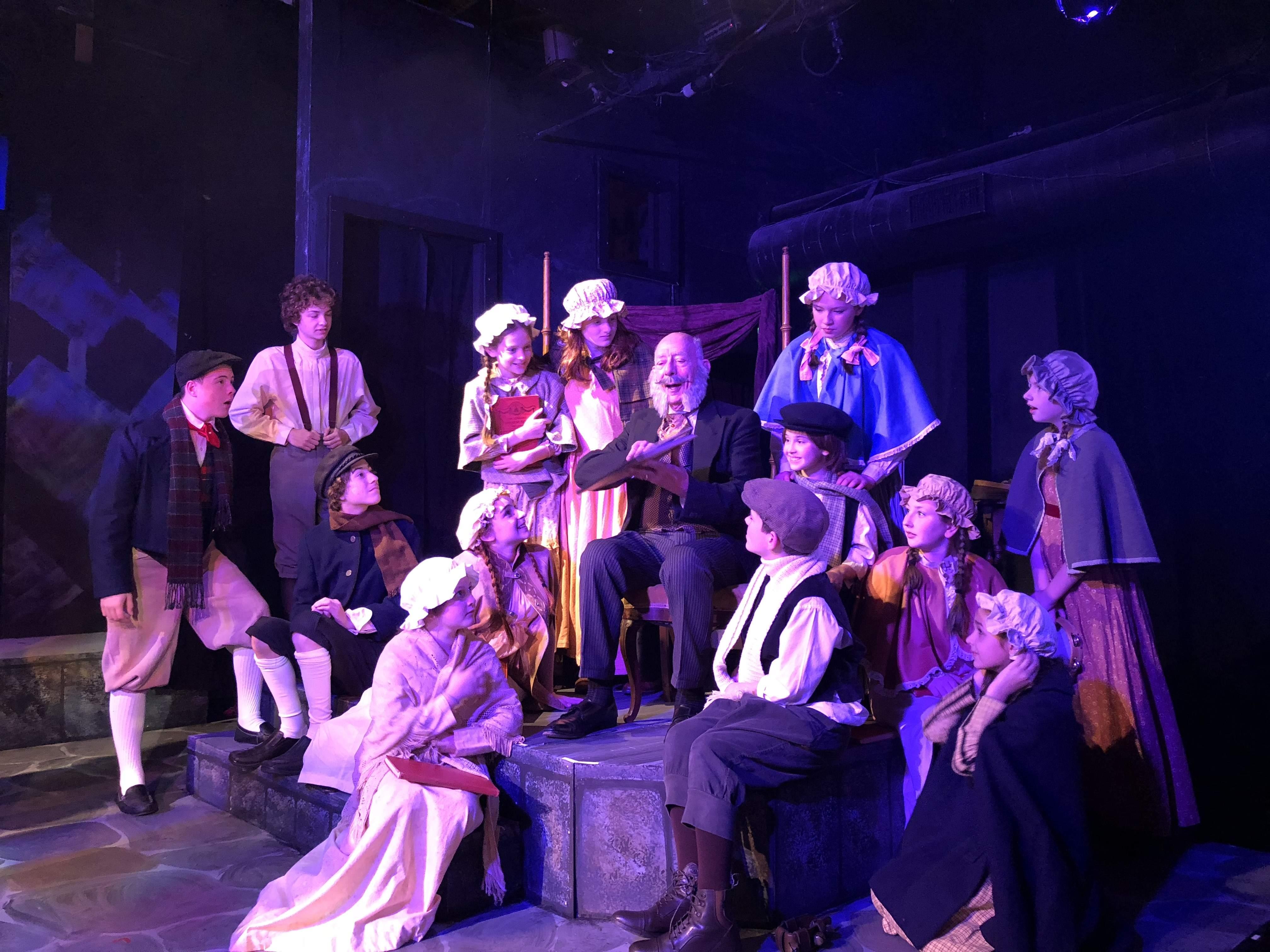 Sekilas Sejarah Perjalanan Theater Harwich Junior