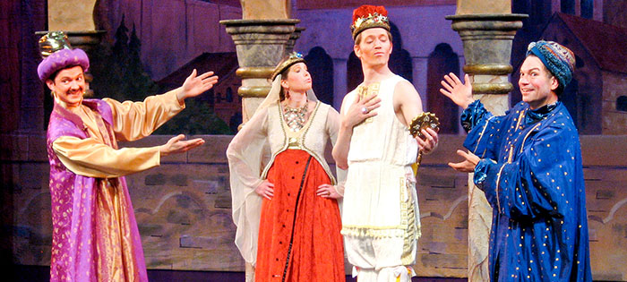 Deretan Pagelaran Theater Keluarga Harwich Junior yang Ditunggu-tunggu
