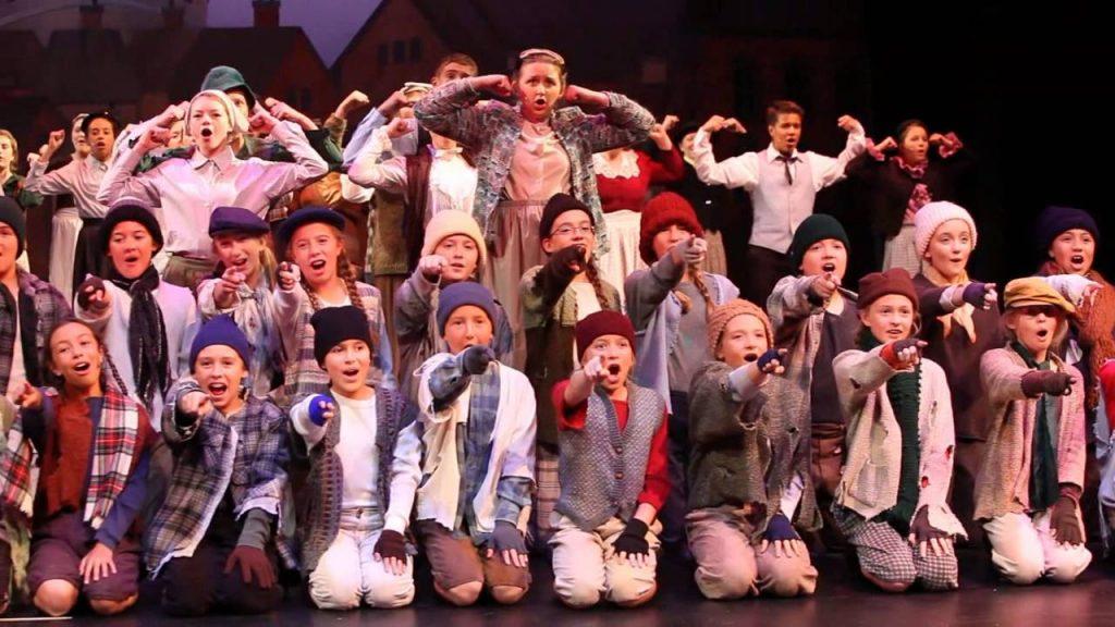 Mengenal Sekolah Theater Harwich Junior