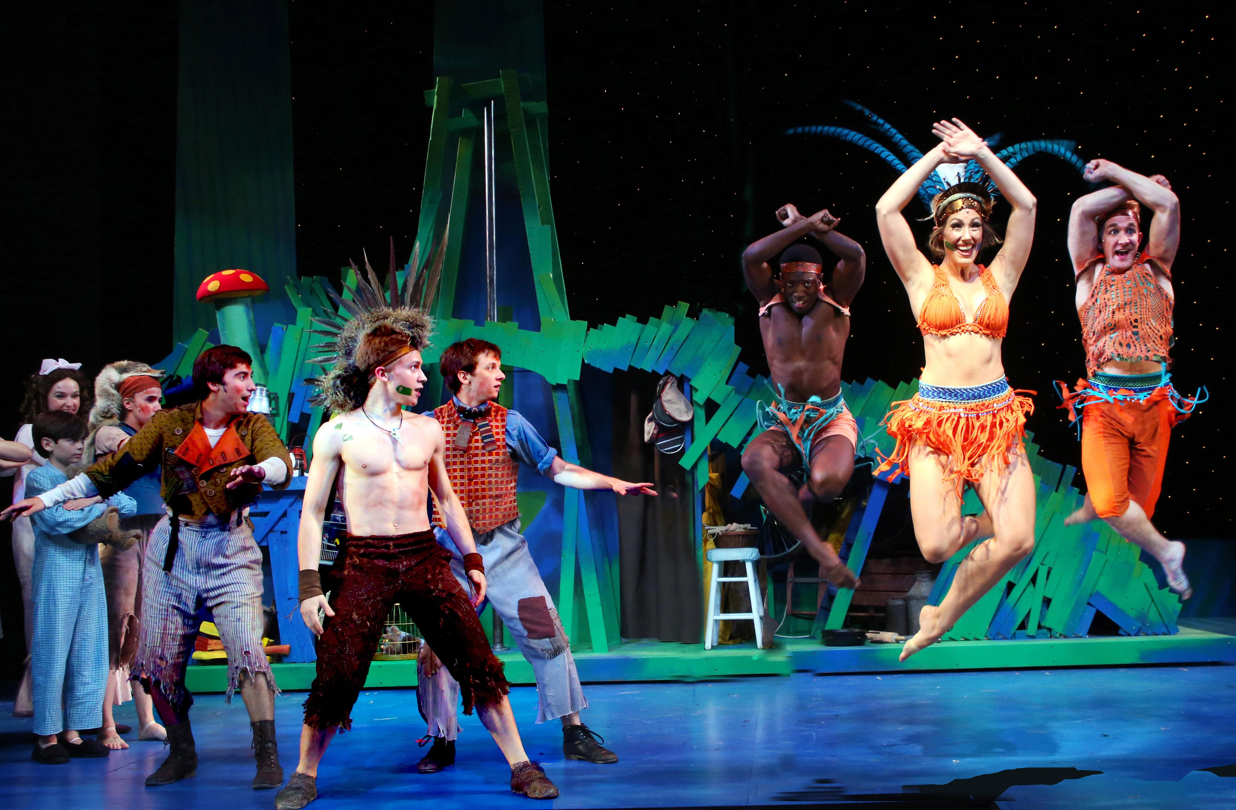 Theater Keluarga Harwich Junior Kembali Tampil