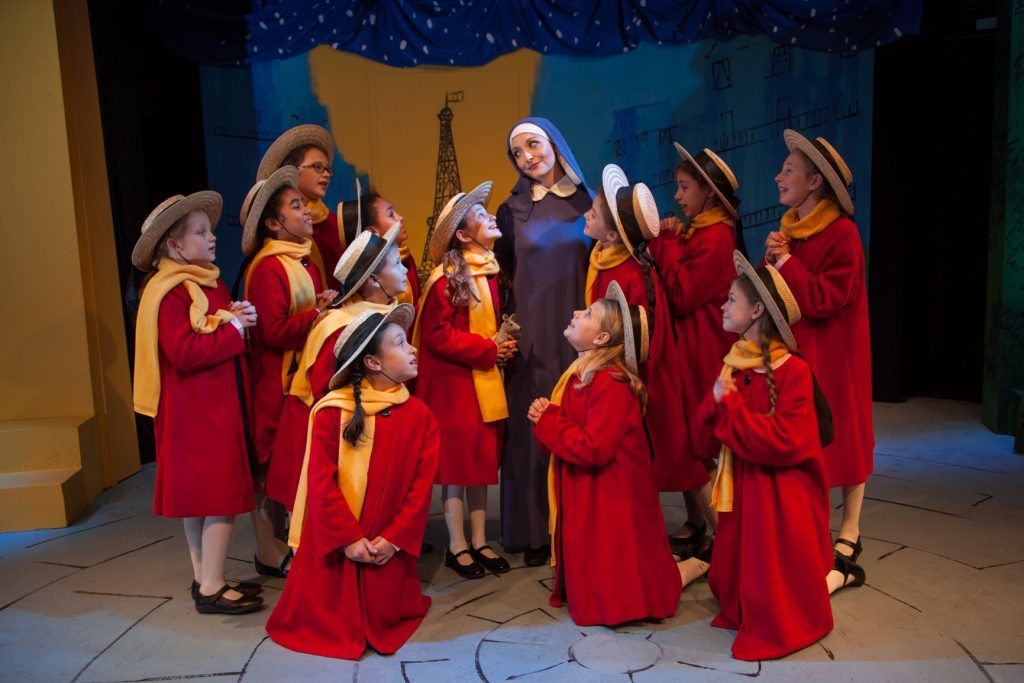 Banyak Pemain Baru Mengikuti Sekolah Theater Harwich Junior